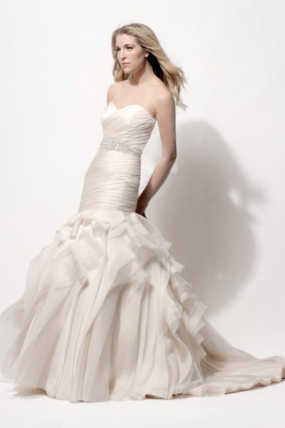 Tanner mermaid wedding dress by Modern Trousseau