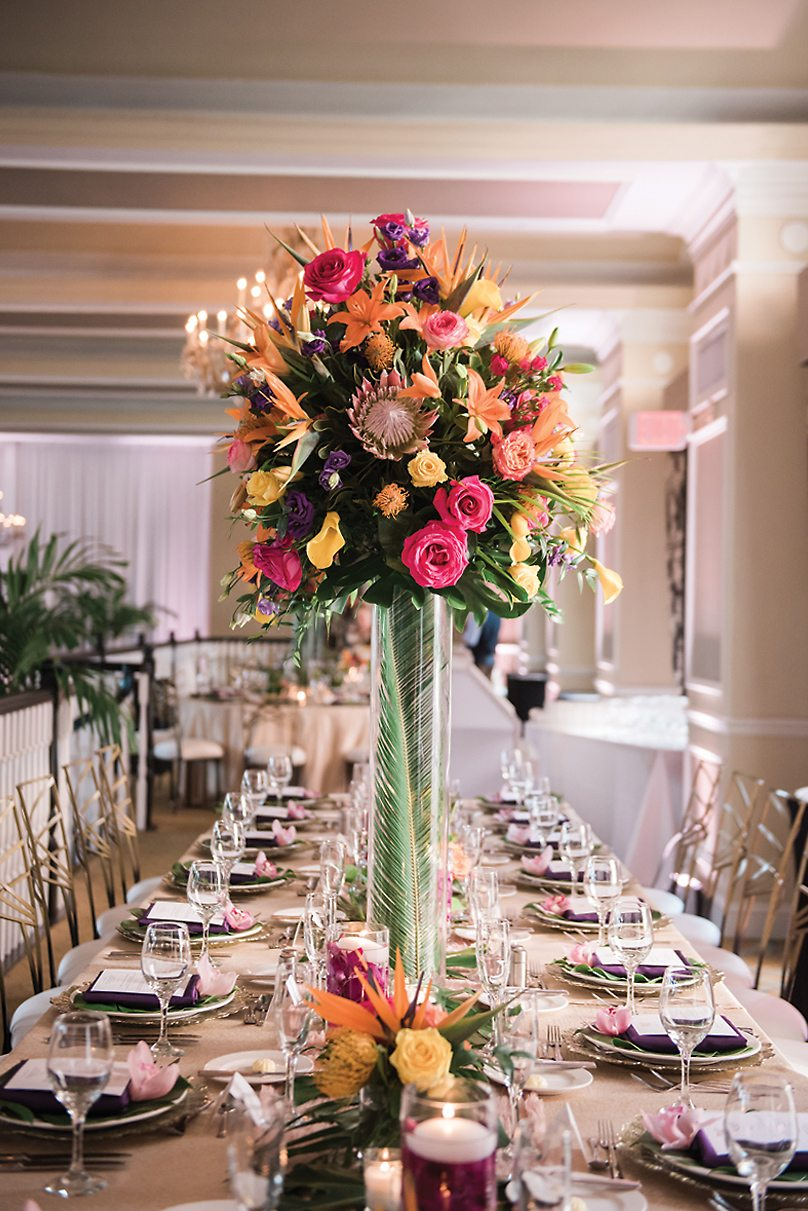 FLORAL INSPIRATION: Bountiful Colors Adorn This Centerpiece